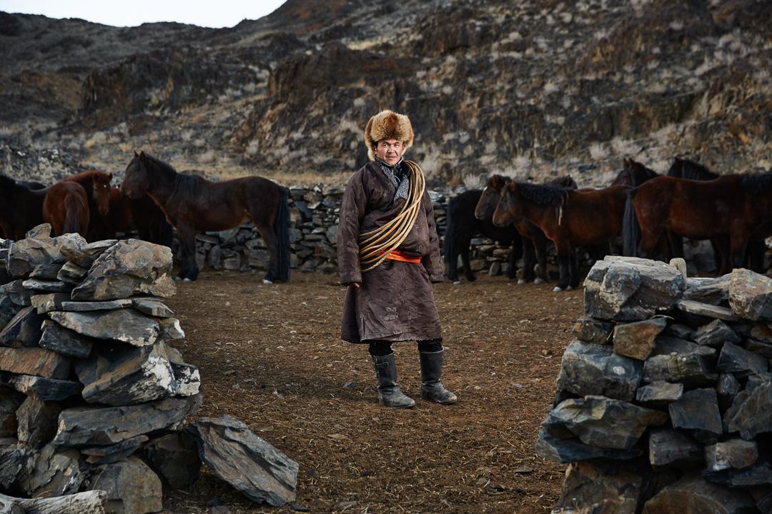 mongolian_eagle_hunters__ (1 of 5)